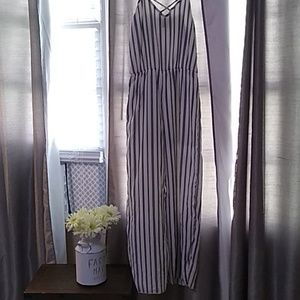 BEAUTIFUL Black and White Striped Jumper Size L